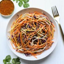 Raw Pad Thai Salat